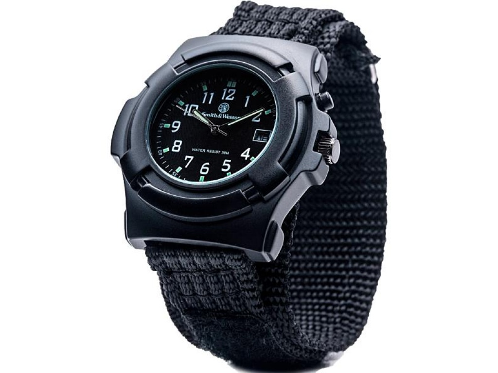 Reloj Smith & Wesson Lawman (negro)
